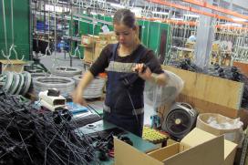 台灣出口重摔;零組件製造商苦不堪言