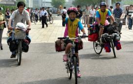 Girl Cycles to Tibet