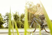 Debate Continues on Helmet Use for Speed E-Bikes
