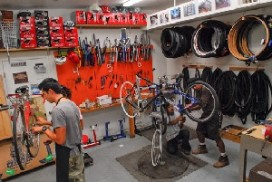 French Government Removes Bike Mechanic Requirements