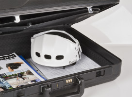 Plixi Reduces Helmet to One-Third Its Size in Seconds