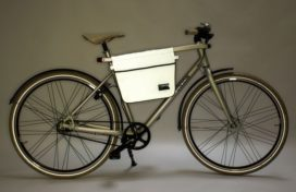 Commuter Bag for Safe Urban Cycling